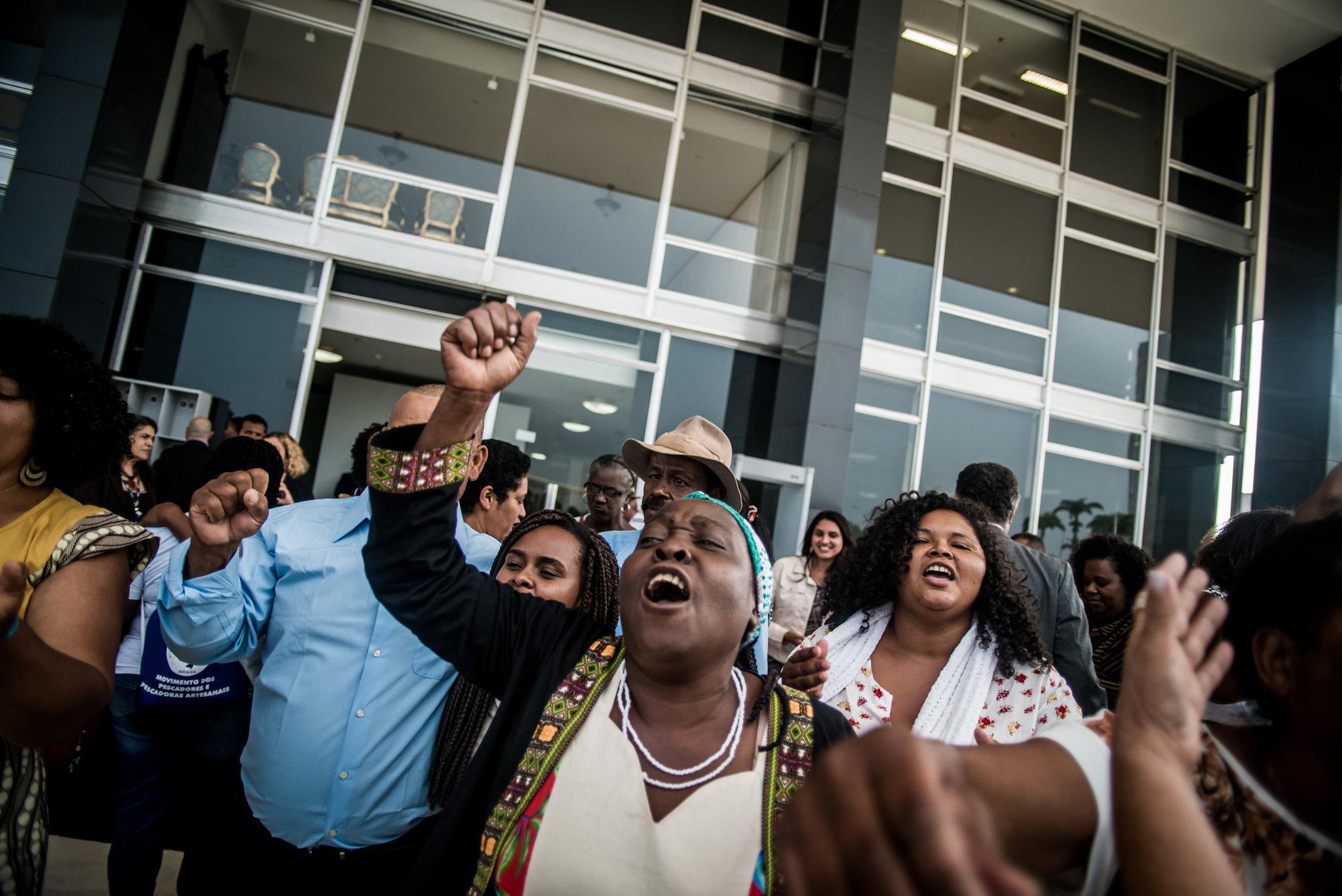 Após 14 anos de espera, quilombolas comemoram decisão favorável sobre a Ação Direta de Inconstitucionalidade sobre direitos territoriais. Foto: Mídia Ninja