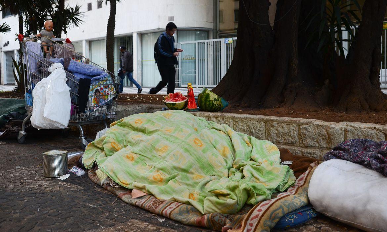 Por questões inerentes à vida nas ruas, população em situação de rua apresenta maior vulnerabilidade à pandemia. Foto: Rovena Rosa/ Agência Brasil